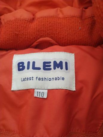 Продам зимний комплект на мальчика( куртка и комбинезон)