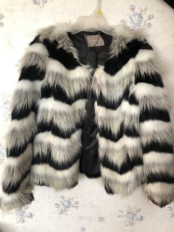 Куртка з еко-хутра Orsay
