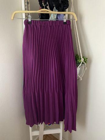 Saia plissada midi Zara, usada uma vez