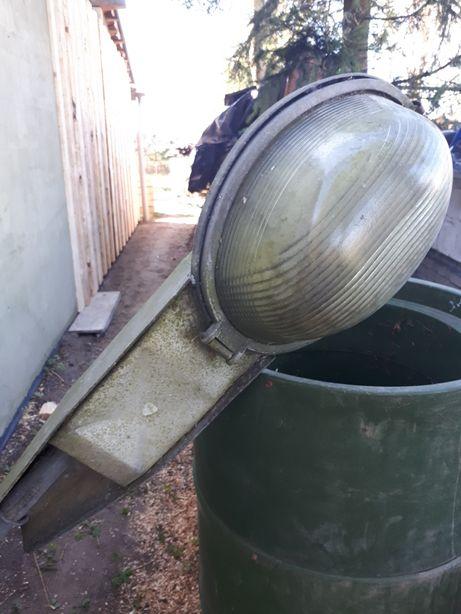 Latarnia lampa uliczna PRL