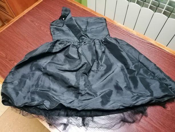 Sukienki rozm. 110