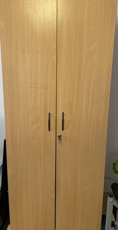 Szafa ubraniowa z drążkiem - zamykana na kluczyk