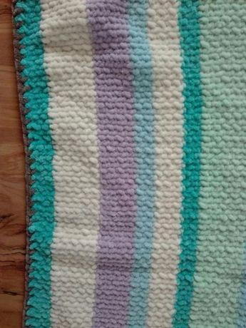 Одеяло плюшевое ,очень мягенькое