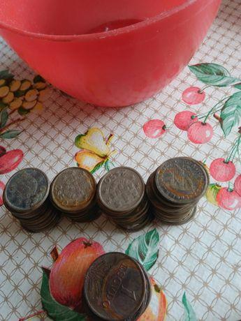 Moedas penny e 2.5$