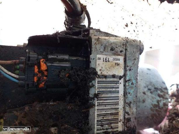 9803319180  Bomba de direcção CITROËN C4 II (B7) 1.6 HDi 115 9HD (DV6C)