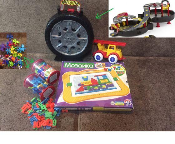 Игрушки мозаика шнуровка буквы пожарна машина бокс колесо гараж паркин