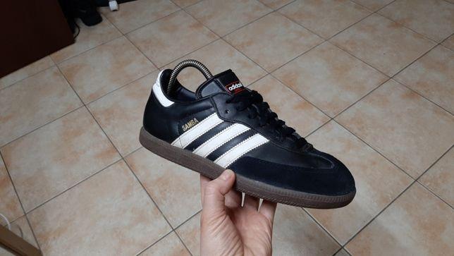 38-39р,стелька24,5см,Кожаные кроссовки,кеды,футзалки Adidas (Адидас)