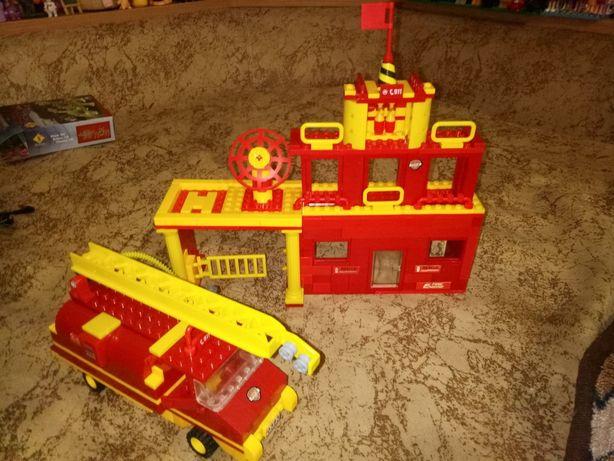 конструктор лего,база спасателей,пожарная станция,lego, машина аналог