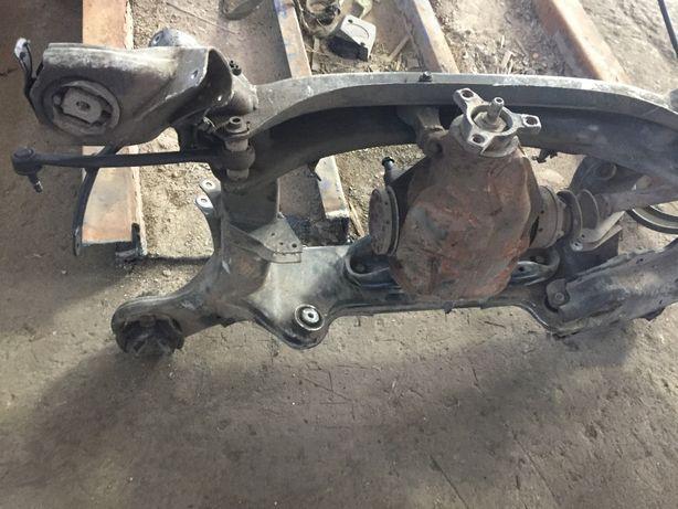 Mersedes Benz S320 задній редуктор підрамник полуось