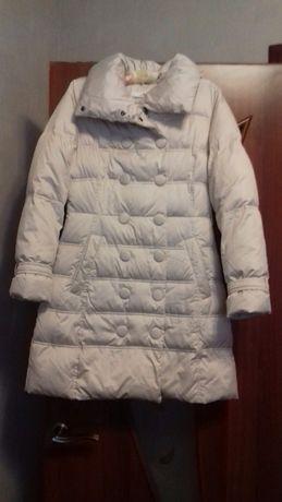 Красивое зимнее пальто на пуху