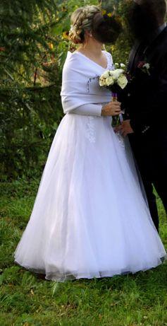 Suknia ślubna 38/40 używana biała ,gorset wiązany