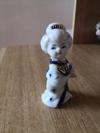 Porcelanowa figurka laleczka japonka dzień mamy babci prezent