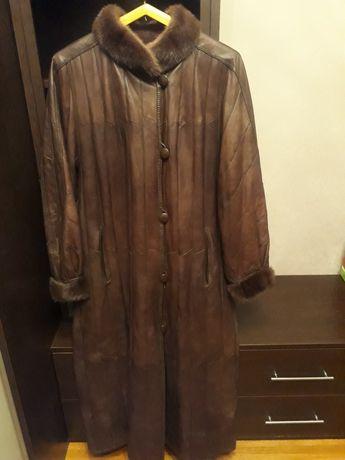 Натуральное кожаное пальто на меху