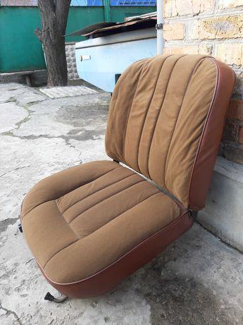 Продам переднее пассажирское сидение с ВАЗ 2106