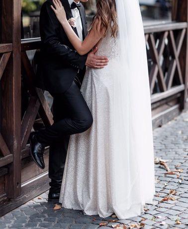 Весільна сукня ,Випускне плаття