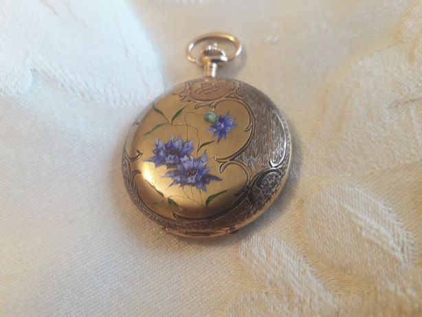 Zegarek złoty dewizka bizuteryjny - bogate zdobienie
