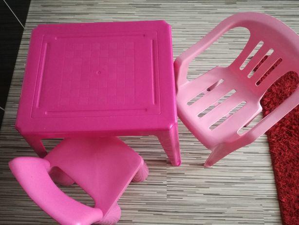Stolik i krzesełka plastikowe
