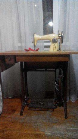 Продаю швейную машинку Tikka Koski