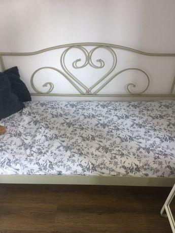 Łóżko JYSK