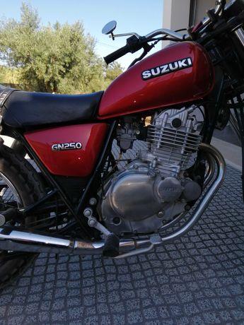Suzuki Gn 250 Em óptimo estado