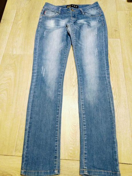 Джинсы штаны 28 размер