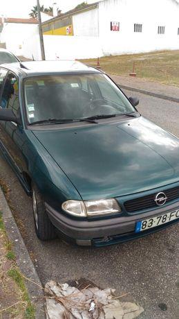 Opel Astra 1.2 Gasolina