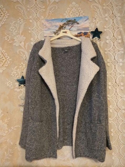 Sweter narzutka Primark Warszawa - image 1