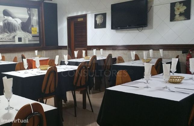 Trespasse Restaurante Pastelaria no Carregado