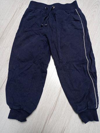 Spodnie dresowe chłopięce 98
