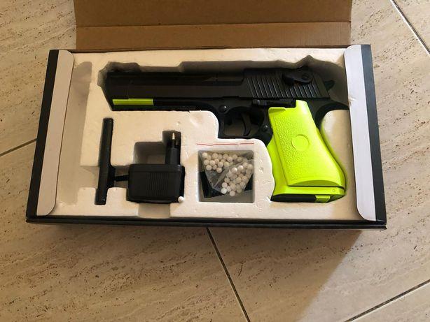Vendo réplica arma airsoft