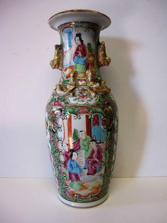 antiga jarra em cerâmica asiática do fabrico de Macau pintado á mão