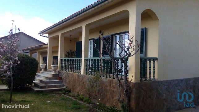 Moradia - 285 m² - T4