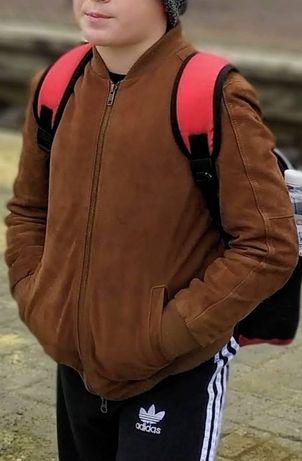 Куртка-бомбер замшевая на мальчика 8-10 лет
