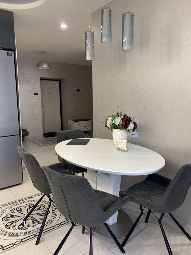 Продам 3-х кімнатну квартиру ЖК»На Щасливому»