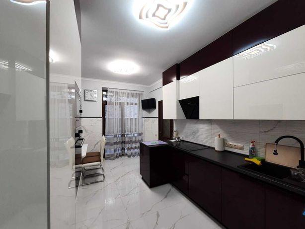 Продаж 3 кім квартири з меблями 100 кв.м. вул. Героїв Майдану