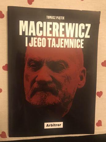 Książka Macierewicz i jego tajemnice
