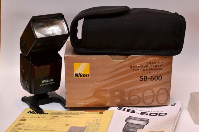 Вспышка Nikon SB 600