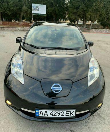 Nissan leaf 2013 комплектація BOSE