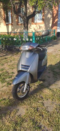 Скутер Honda Lead AF 48,2-Местный мопед