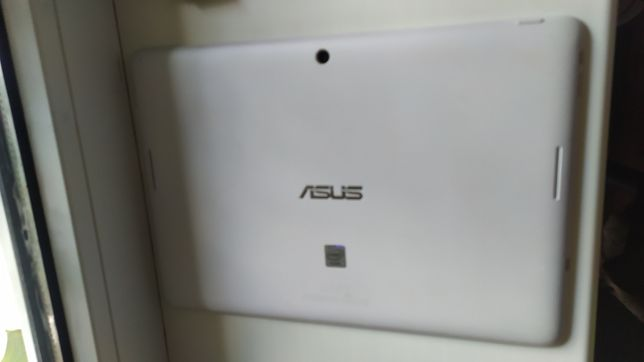 Планшет Asus MeMO Pad FHD 10 16GB (ME302C-1B061A)
