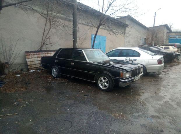 Продам автомобиль Toyota Crown