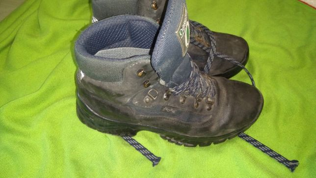 Фирменные подростковые ботинки,недорого