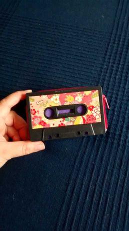 Carteira design cassete