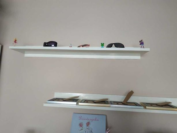 Półki na ramki lakierowane