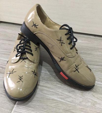 Туфлі мокасини туфли босоножки