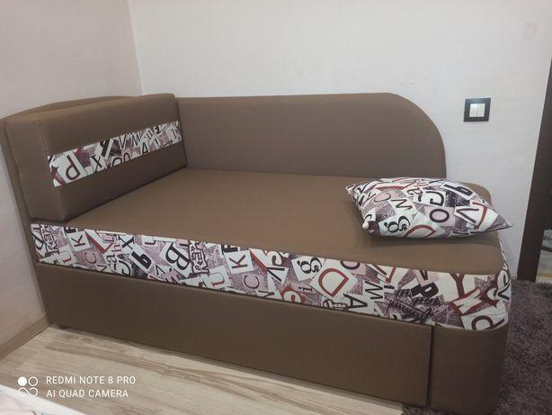 Ліжко, диван, диванчик