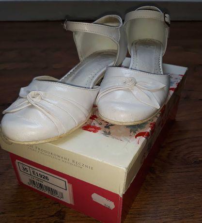 Buty, buciki, czółenka komunijne r. 35 białe, skórzane