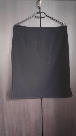 Czarna spódniczka r.40