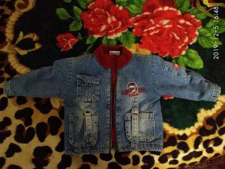 Джинсовая куртка на мальчика или девочку.На тёплую весну-осень