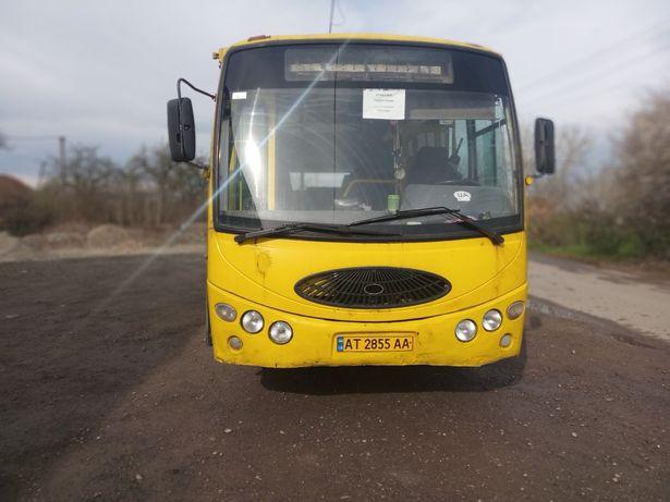 Автобус Youyi  ZGT 6710